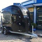 Bucker Careliner poly 2 paards trailer paardentrailers Aanhangwagens Zuid-Holland 2.0 voorkant