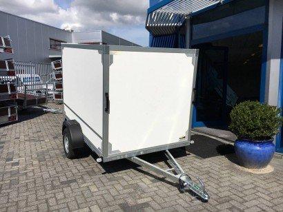 Easyline gesloten 251x153x147 750kg Aanhangwagens Zuid-Holland hoofd 2.0