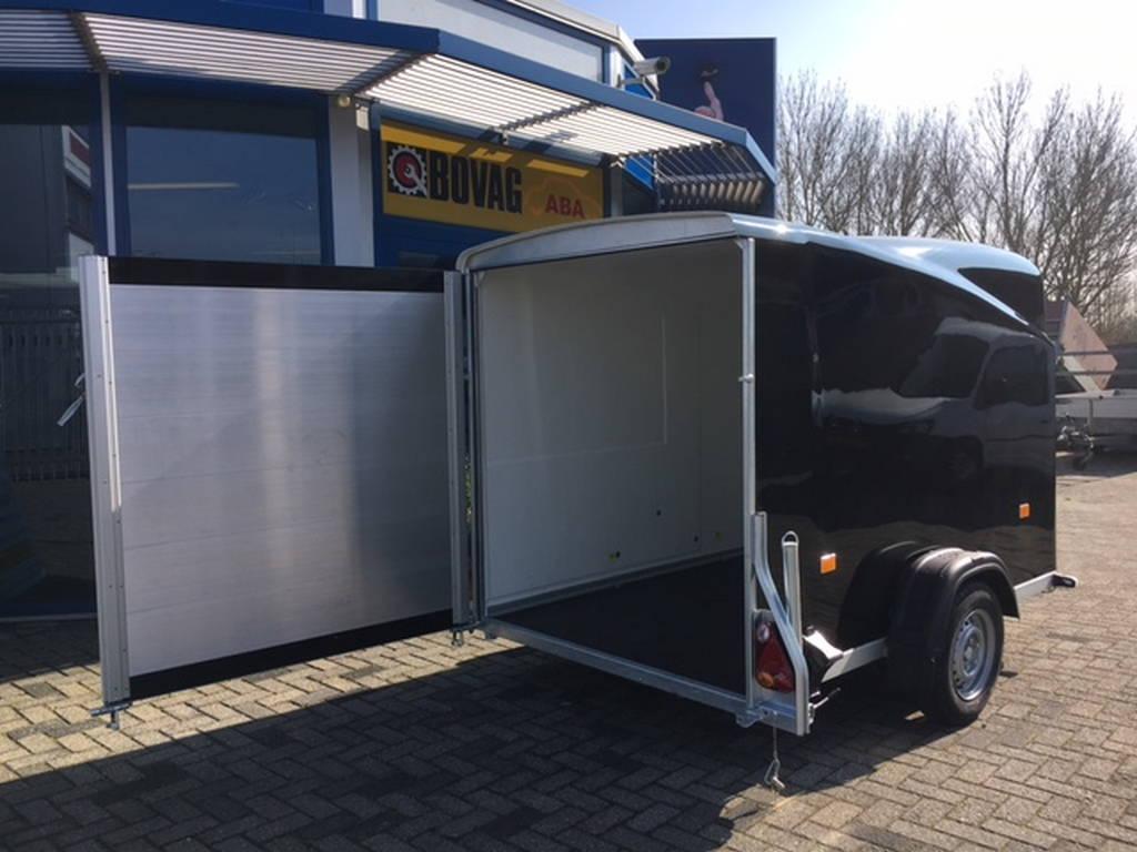 Easyline gesloten 300x151x170cm Aanhangwagens Zuid-Holland deur open