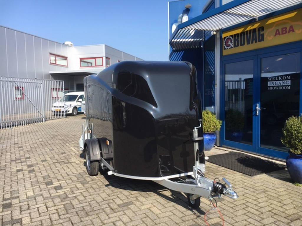 Easyline gesloten 300x151x170cm Aanhangwagens Zuid-Holland voorkant