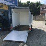 Easyline gesloten aanhanger 302x150x195cm 1300kg Aanhangwagens Zuid-Holland 2.0 achter open