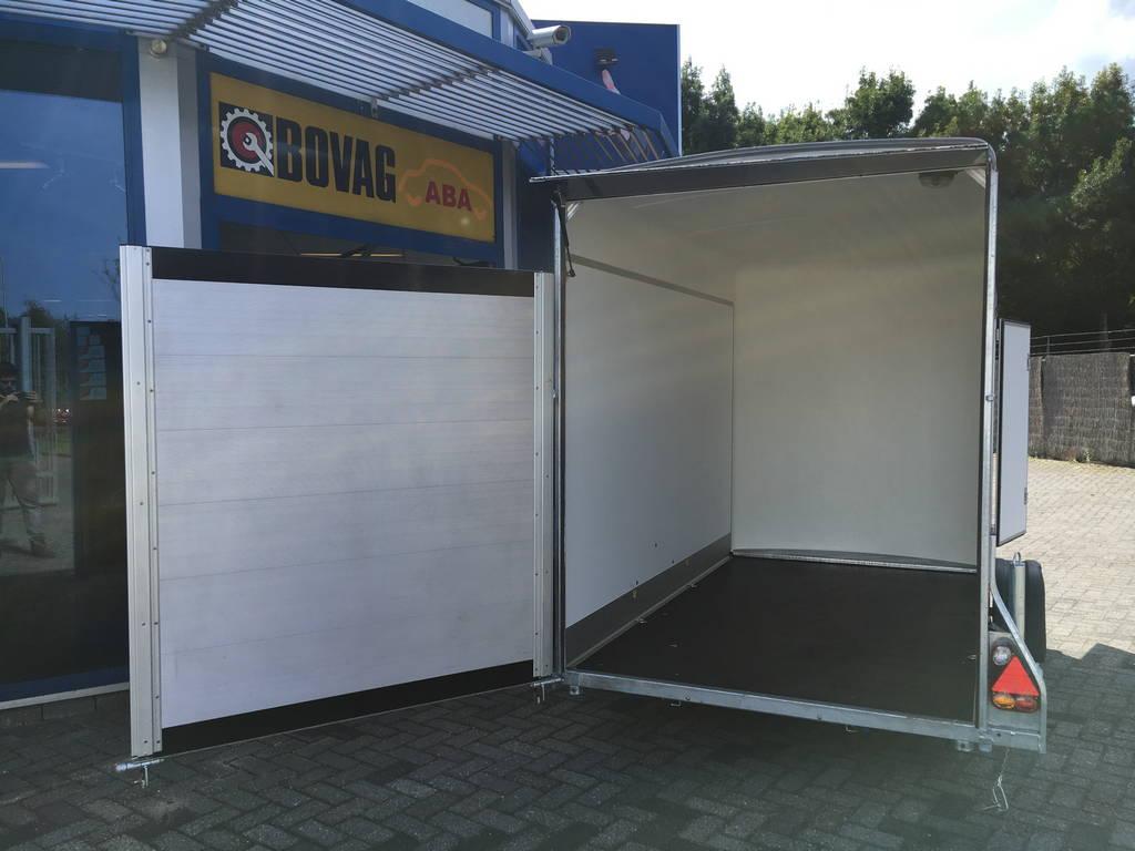 Easyline gesloten aanhanger 302x150x195cm 1300kg Aanhangwagens Zuid-Holland 2.0 klepdeur