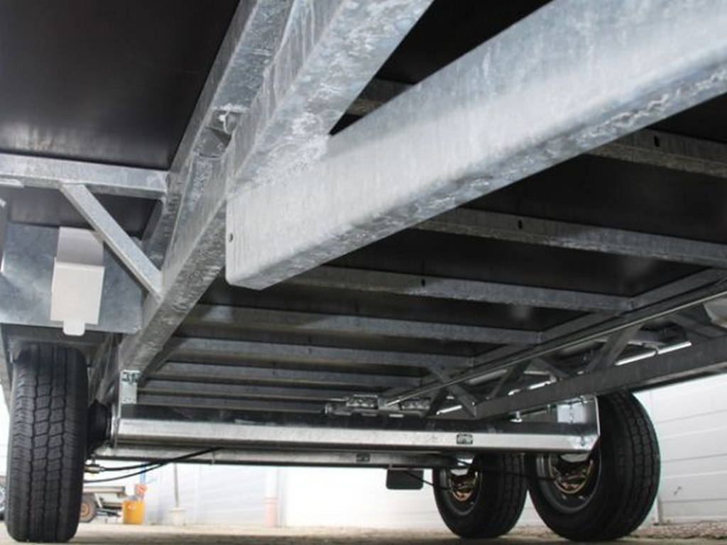 Hulco plateau 502x203cm 3000kg plateauwagens Aanhangwagens Zuid-Holland chassis
