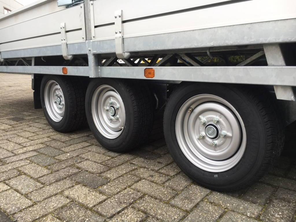 Hulco plateau 611x203cm 3500kg 3-as Aanhangwagens Zuid-Holland drie as