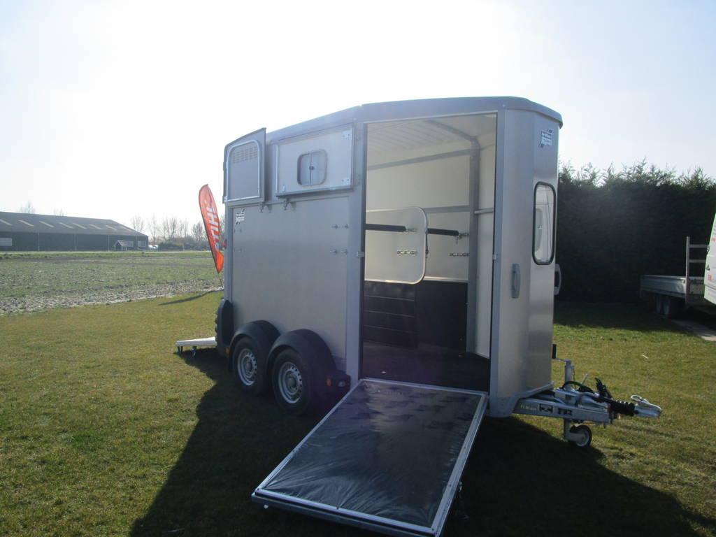 Ifor Williams HB506 2 paards trailer Aanhangwagens Zuid-Holland vooruitloop