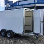 ifor-williams-gesloten-303x147x183cm-aanhangwagens-zuid-holland-zijdeur-open-2-0