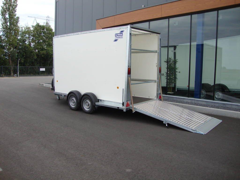 ifor-williams-gesloten-364x173x214cm-aanhangwagens-zuid-holland-achterkant-open-2-0