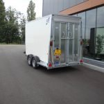 ifor-williams-gesloten-364x173x214cm-aanhangwagens-zuid-holland-achterkant-schuin-2-0