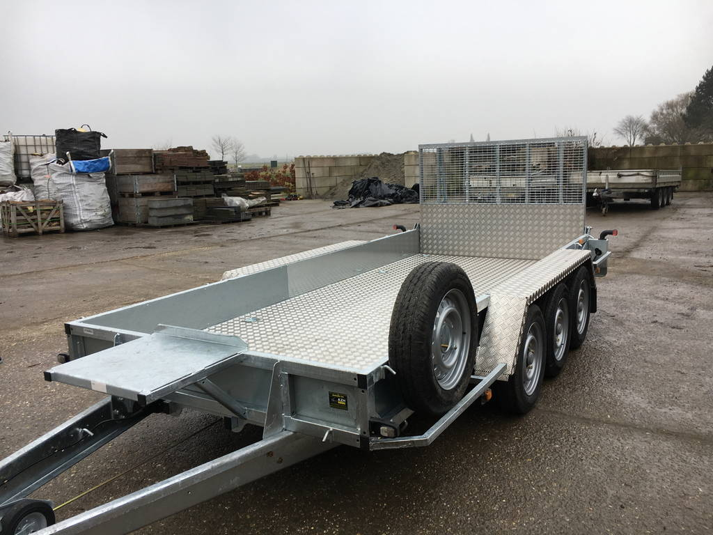 Ifor Williams transporter 429x178cm 3-as Aanhangwagens Zuid-Holland voorkant schuin 2.0