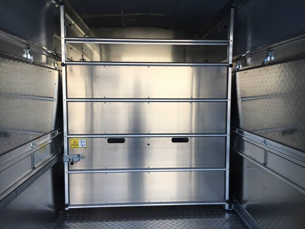 Ifor Williams veetrailer 304x156x183cm Aanhangwagens Zuid-Holland tussenverdeling 2.0