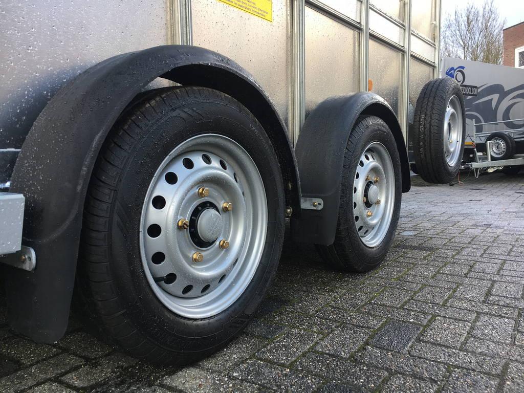 ifor-williams-veetrailer-366x178x183cm-aanhangwagens-zuid-holland-banden-2-0