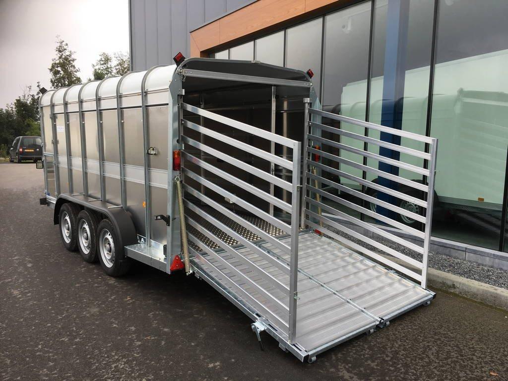 ifor-williams-veetrailer-427x178x183cm-aanhangwagens-zuid-holland-zijkant-open-3-0