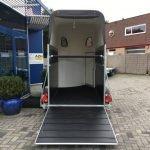 montana-alu-poly-15-paards-trailer-paardentrailers-aanhangwagens-zuid-holland-achterklep-2-0