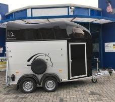 montana-alu-poly-15-paards-trailer-paardentrailers-aanhangwagens-zuid-holland-hoofd-2-0