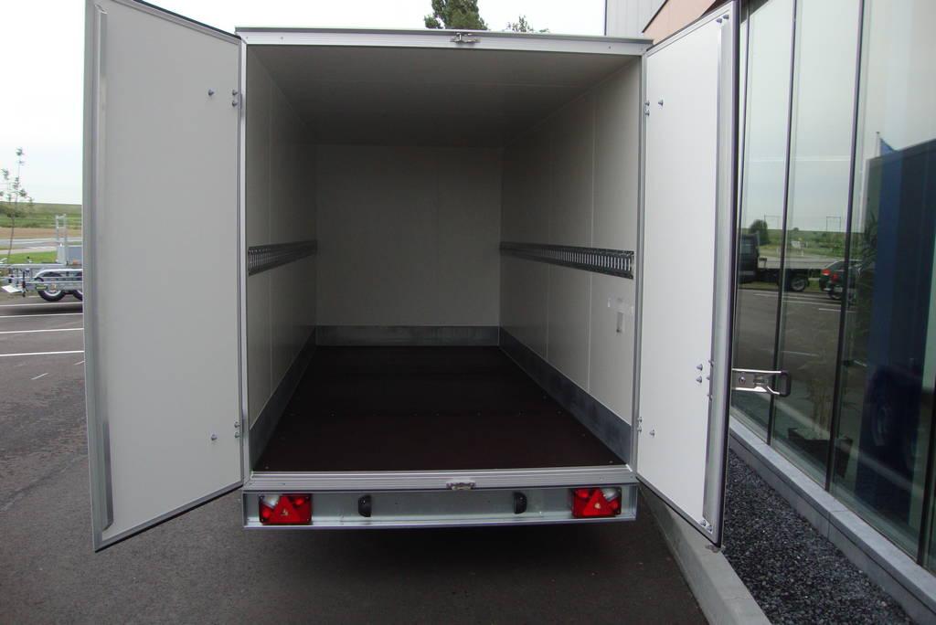 proline-gesloten-426x175x190cm-2600kg-gesloten-aanhangwagen-aanhangwagens-zuid-holland-binnenkant-2-0