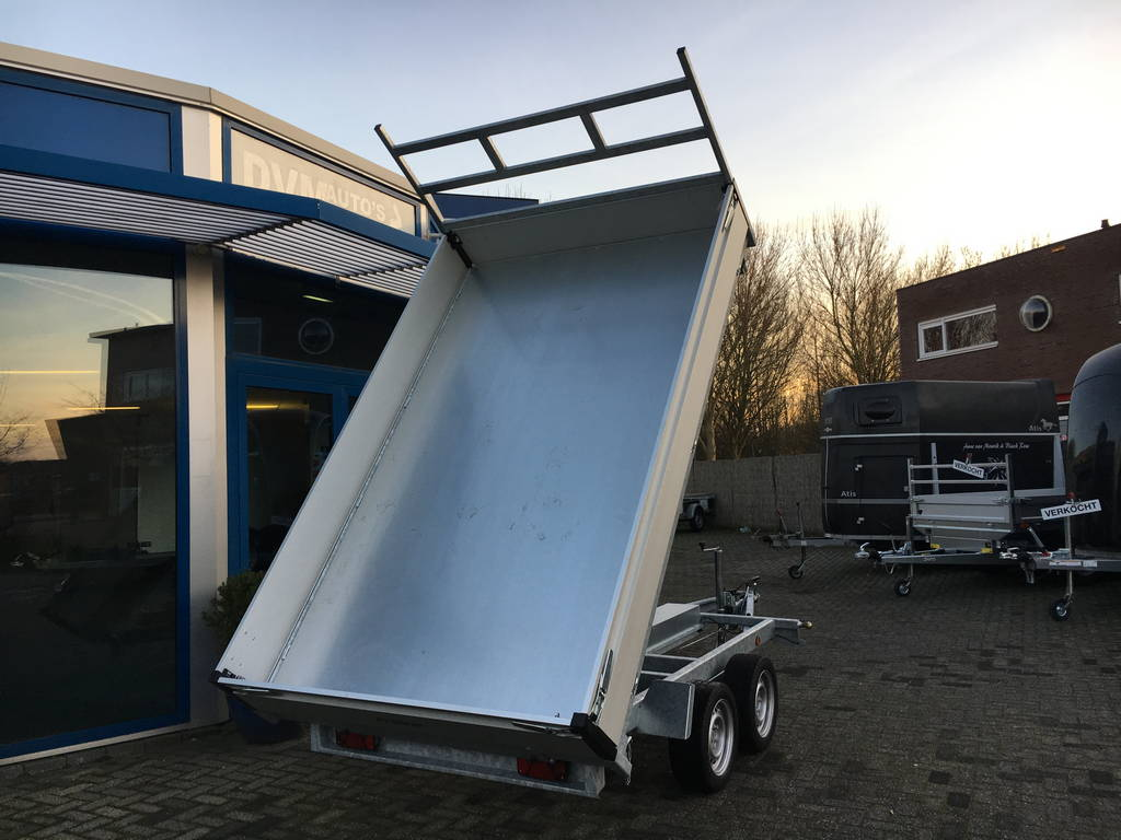 proline-kipper-331x185cm-2700kg-kippers-aanhangwagens-zuid-holland-achterkant-omhoog-2-0