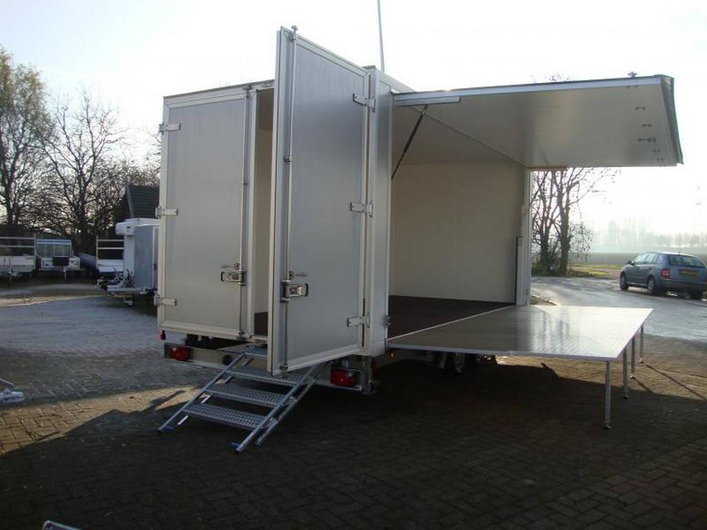 Proline podiumwagen 550x200x200cm verkoopwagens Aanhangwagens Zuid-Holland achterkant