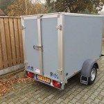 Saris gesloten 256x134x150cm Aanhangwagens Zuid-Holland achterkant