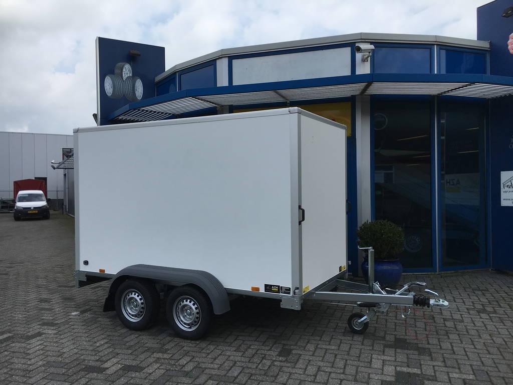 Saris gesloten 306x154x180cm 2000kg Aanhangwagens Zuid-Holland hoofd