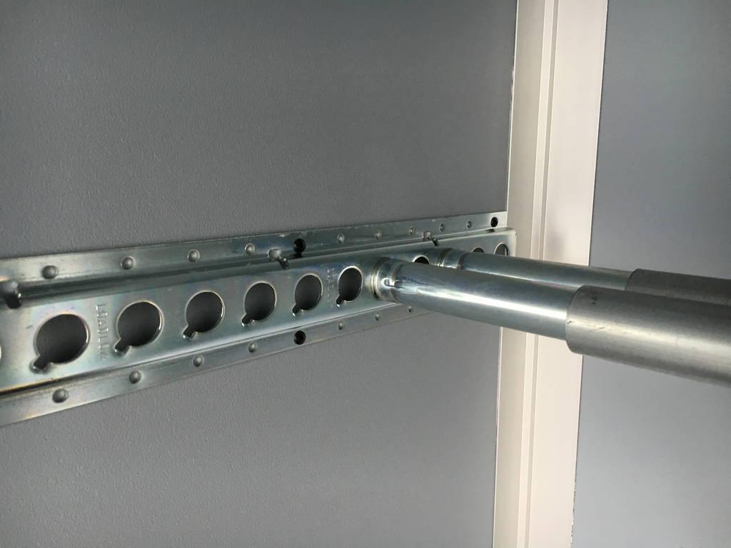 Saris gesloten 306x154x180cm 2000kg Aanhangwagens Zuid-Holland ladingrail
