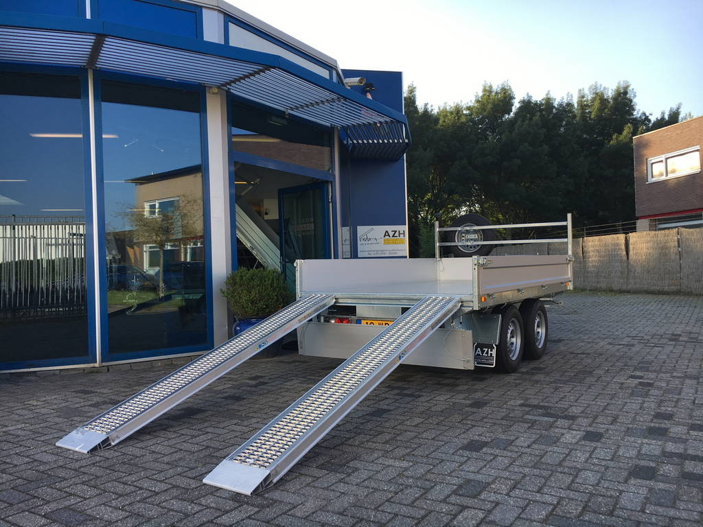 Saris kipper 270x150cm 2000kg kippers Aanhangwagens Zuid-Holland rijplaten zijkant 2.0