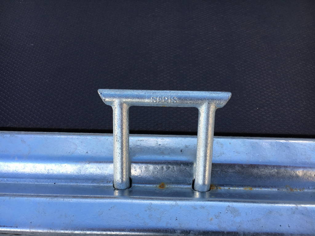 saris-plateau-306x170cm-2000kg-plateauwagens-aanhangwagens-zuid-holland-bindogen-2-0