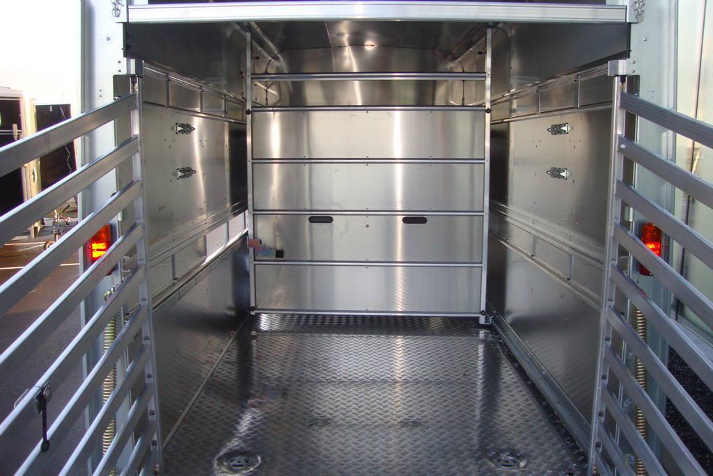 ifor-williams-veetrailer-427x178x213cm-aanhangwagens-zuid-holland-binnenkant-2-0