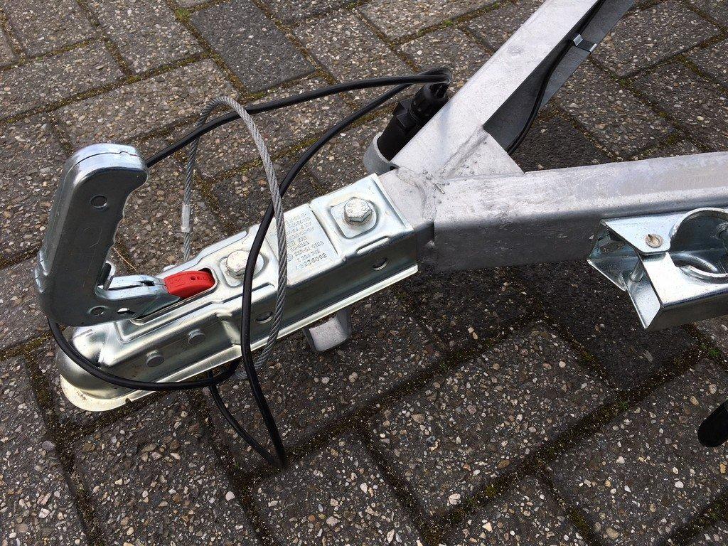 Loady enkelas Alu 257x132cm bakwagens enkelas Aanhangwagens Zuid Holland dissel