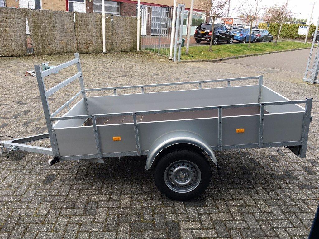 Loady enkelas Alu 257x132cm bakwagens enkelas Aanhangwagens Zuid Holland zijkant
