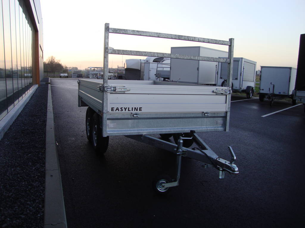 loady-plateau-257x157cm-750kg-2-as-plateauwagens-aanhangwagens-zuid-holland-voorkant-2-0