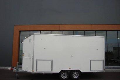 proline-decontaminatiewagen-pak-aanhangwagens-zijkant