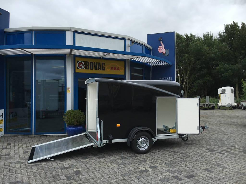 Easyline gesloten motortrailer 300x151x170cm Aanhangwagens Zuid-Holland 2.0 zijkant open