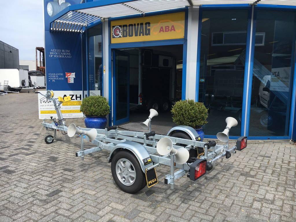 Pega rubberboottrailer 425x170cm Aanhangwagens Zuid-Holland zijkant
