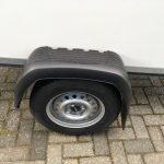 Easyline gesloten 249x122x150cm 750kg Aanhangwagens Zuid-Holland enkelas 2.0