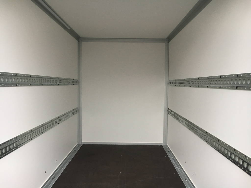 easyline-gesloten-aanhangwagen-200x130x150cm-750kg-gesloten-aanhangwagens-aanhangwagens-zuid-holland-binnenkant